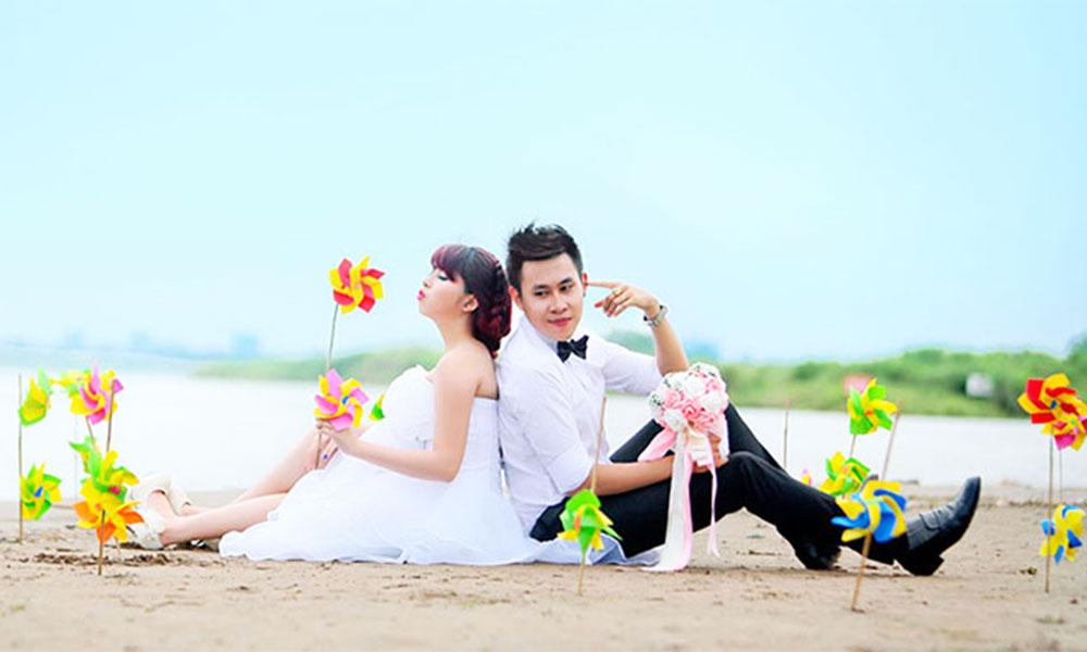 Gợi ý chọn trang phục chụp ảnh cưới dã ngoại