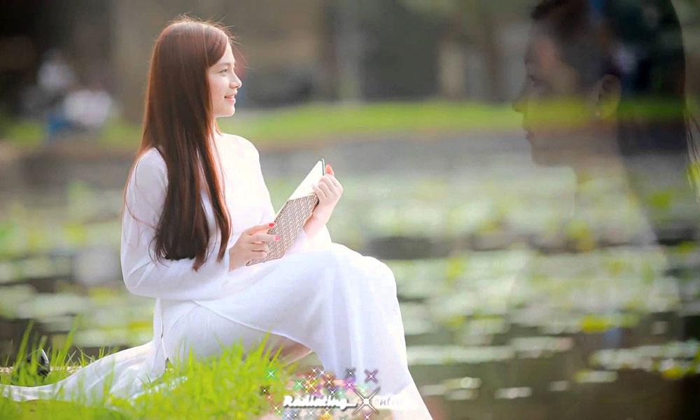 Vì sao áo dài được xem là biểu tượng cho trang phục truyền thống của Việt Nam?