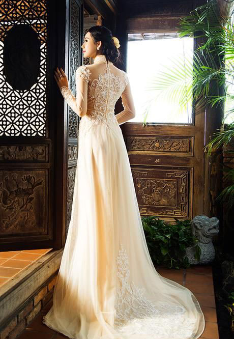 Áo dài cưới nên thuê hay may