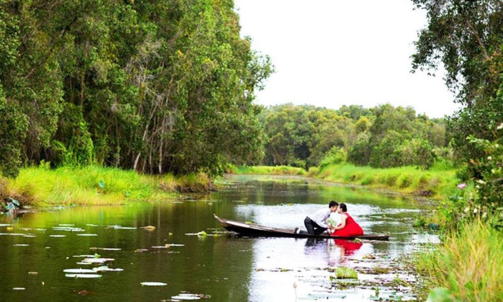Địa điểm chụp ảnh cưới đẹp ở Miền Tây - Làng nổi Tân Lập (Long An)
