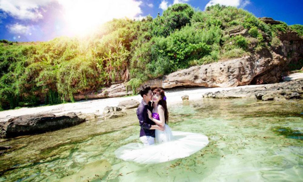 Địa điểm chụp ảnh cưới đẹp ở Phú Quốc - Suối Đá Nhọn, suối Đá Bàn