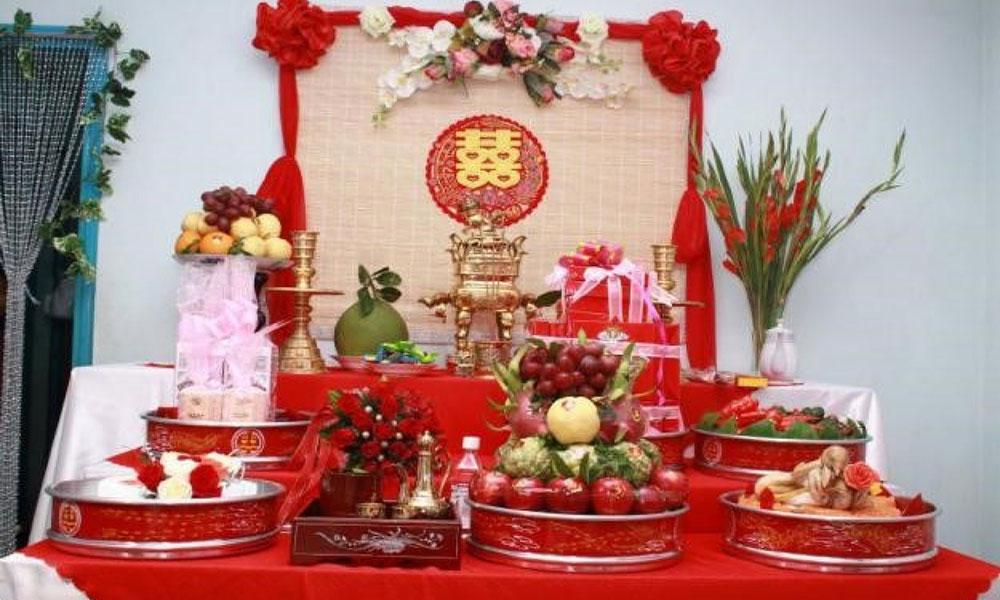 Điều kiên kỵ trong đám cưới - Chuẩn bị bàn thờ gia tiên sơ sài