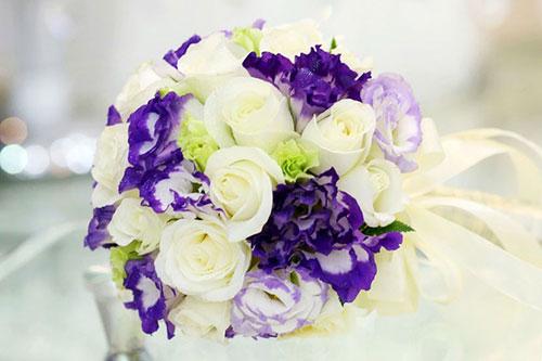 Hoa cưới tím lãng mạn