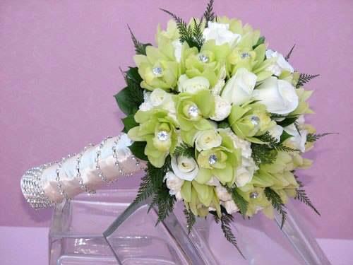Hoa cưới dáng kiểu ngắn (Kiểu Possy)