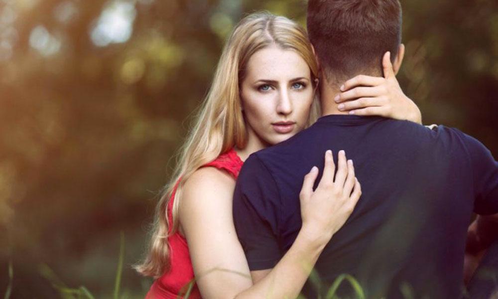 Tình yêu là gì, tình yêu là khi bạn luôn muốn họ hạnh phúc