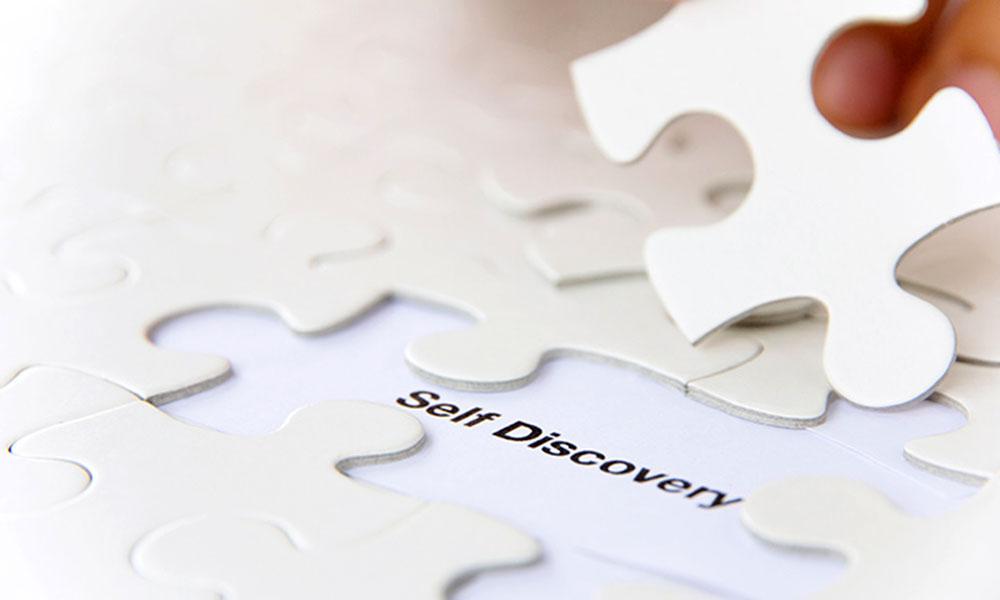 Tình yêu là gì, tình yêu là một mảnh ghép giúp bạn khám phá bản thân