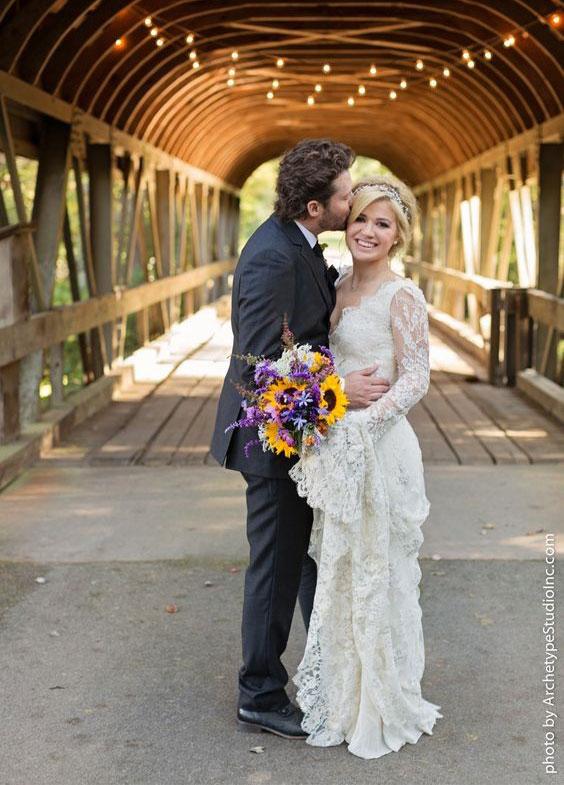 Váy cưới đẹp nhất mọi thời đại - Váy cưới của Kelly Clarkson