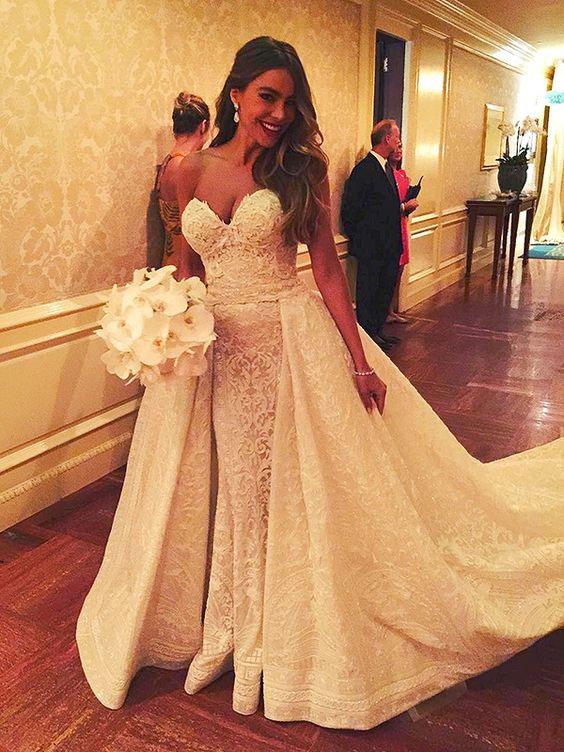 Váy cưới đẹp nhất mọi thời đại - Váy cưới của Sofia Vergara