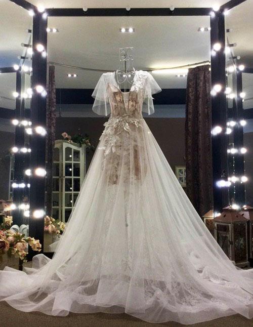 Những bộ váy cưới đẹp nhất Việt Nam - Ngọc Lan