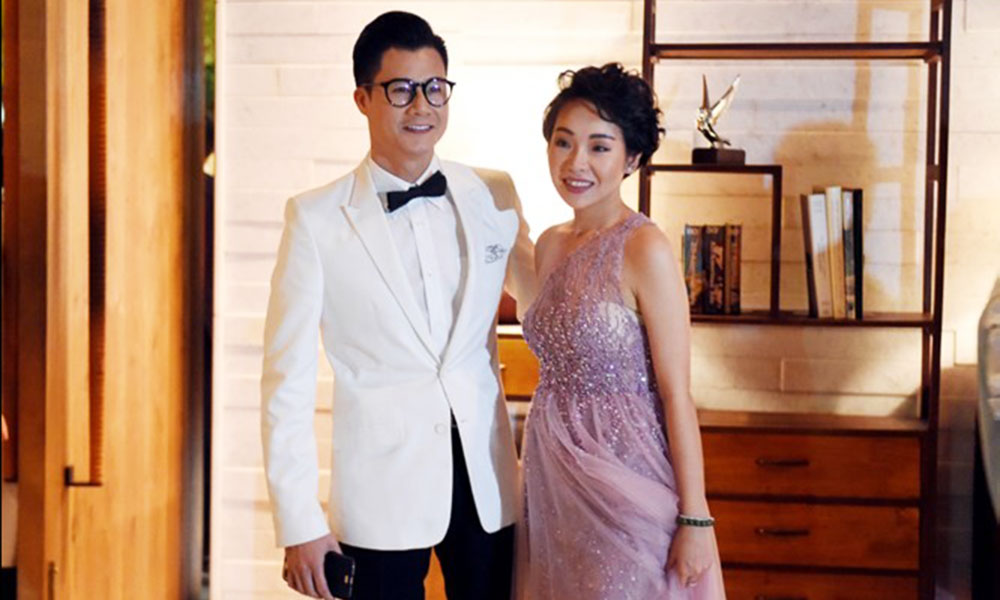Vợ chồng ca sĩ Quang Dũng trong đám cưới của Đặng Thu Thảo